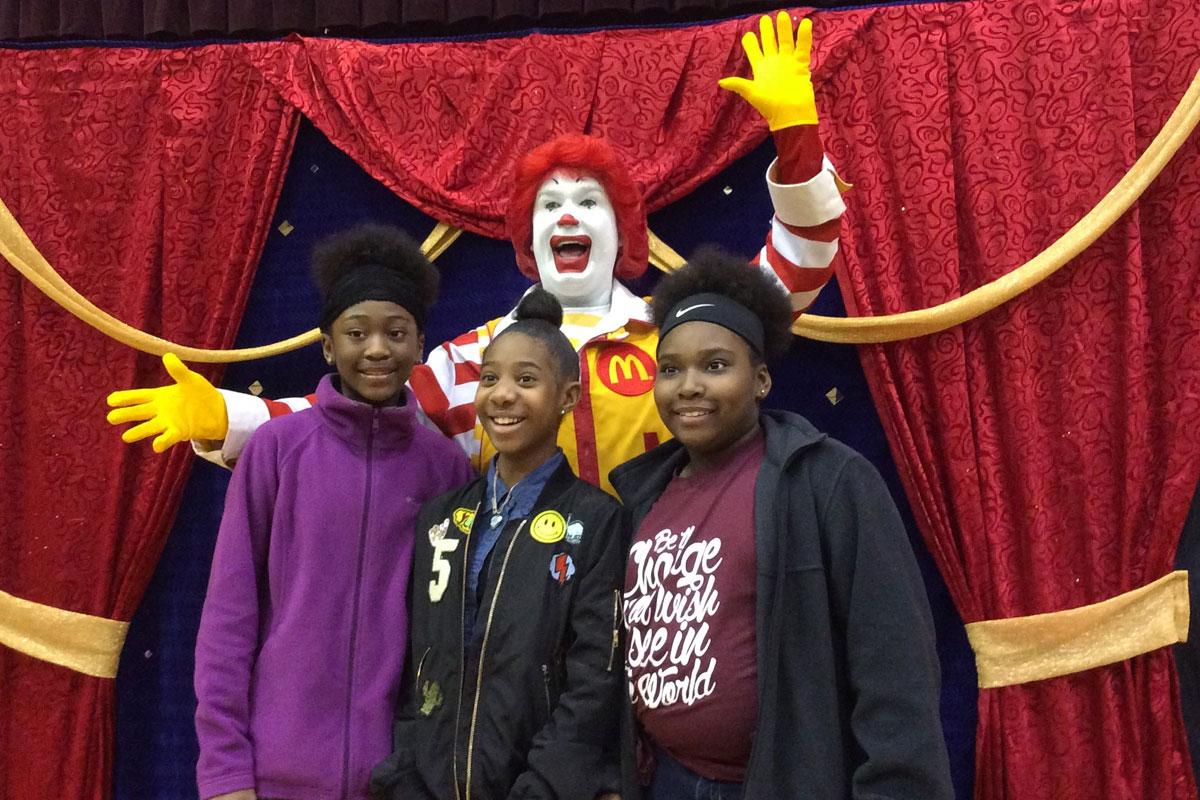 Ronald-McDonald-Surprises-Merrillville-Intermediate-School-2017_02