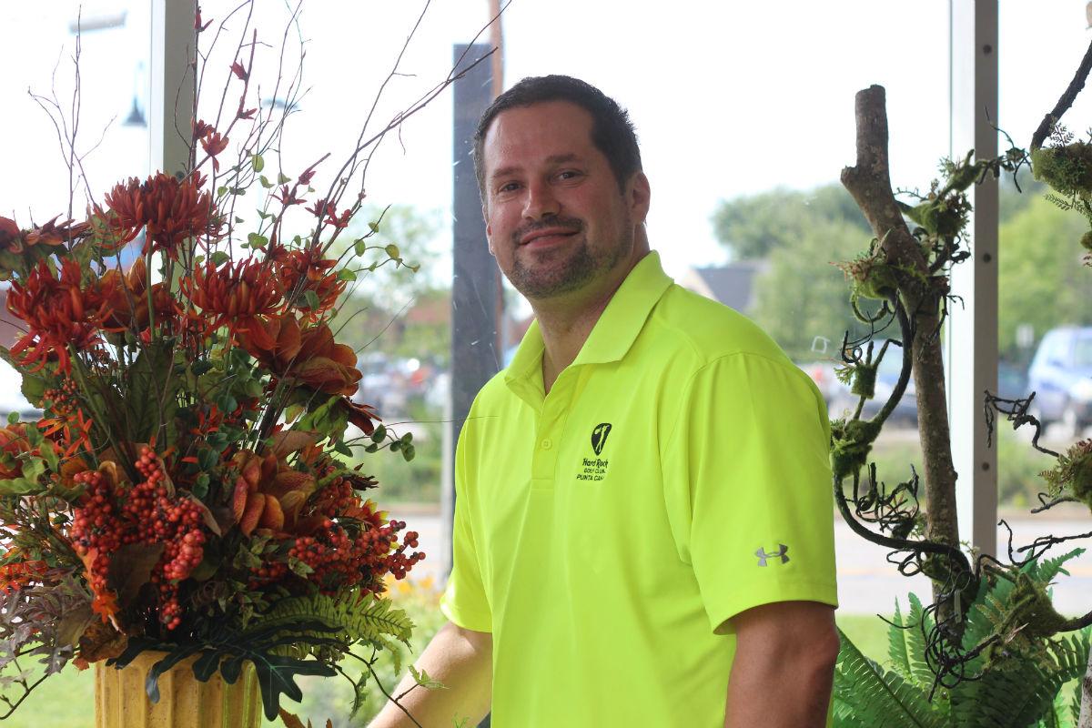 Shultz-Floral-Shop-Manager-01