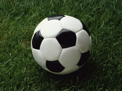 Soccer-ball-grass