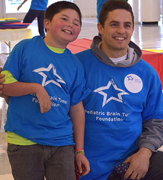 Starry Night Chicago Raises Funds to Help Kids with Brain Tumors