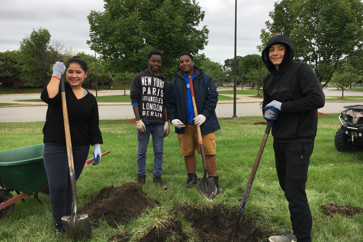 Student-Conservation-Association-Invites-Volunteers-to-Plant-Trees-in-Hammond-on-Saturdays-This-Fall-2018