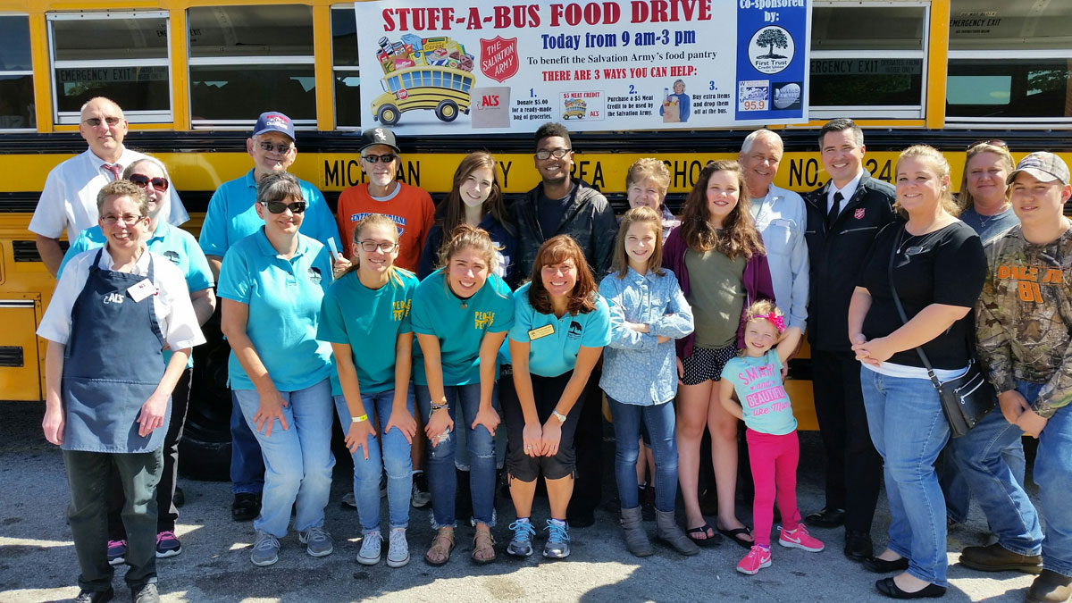 Stuff-A-Bus-Michigan-City-Salvation-Army-Food-Pantry-2017_01