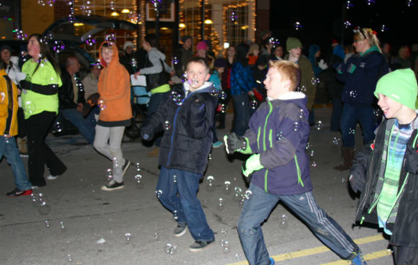 twilight-xmas-parade-2013-two