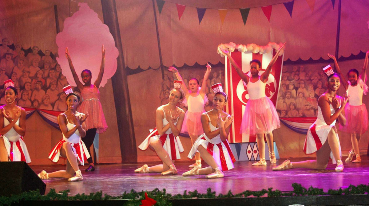 Two Shows Still Remaining for Cirque du Jazz: 7:00 p.m. Saturday, December 27th, and 3:00 p.m. Sunday, December 28th
