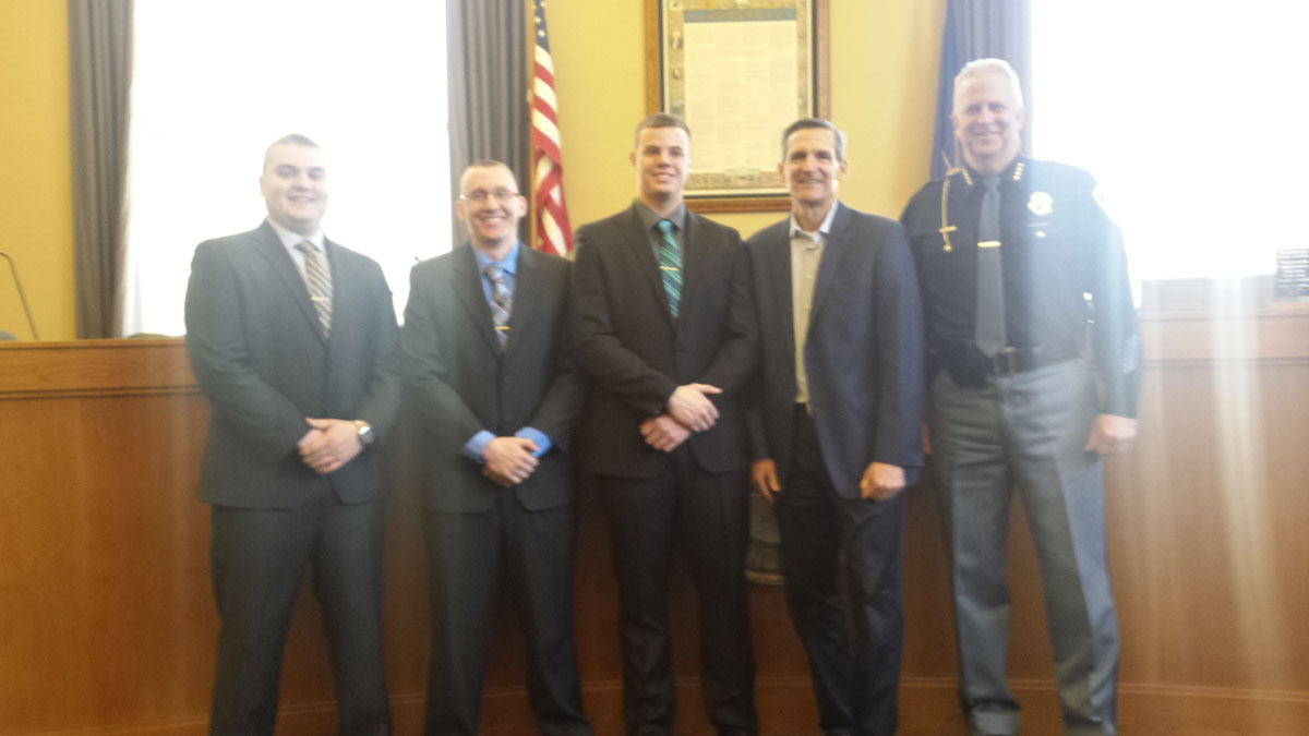 Valparaiso-Police-Department-Three-New-Officers-Sworn-to-Duty-in-2017