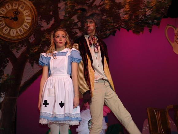 VHS-Drama-Alice-in-Wonderland-2