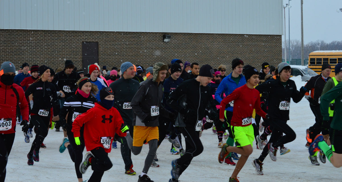 Snow Did Not Slow Down Runners at VRoom 5k