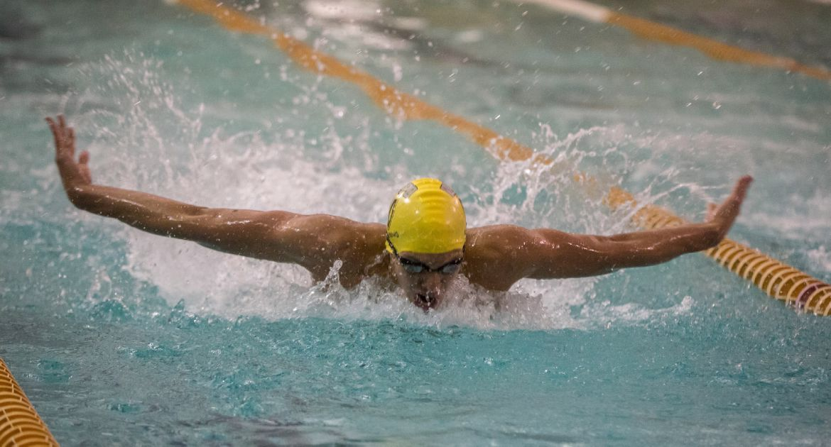 Crusaders Rewrite Record Books Again at HL Championships