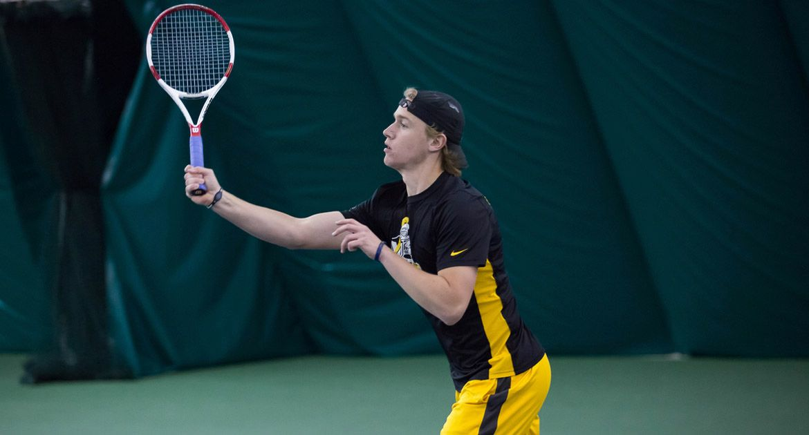 VU-Crusaders-Double-Up-Flyers-in-Dayton