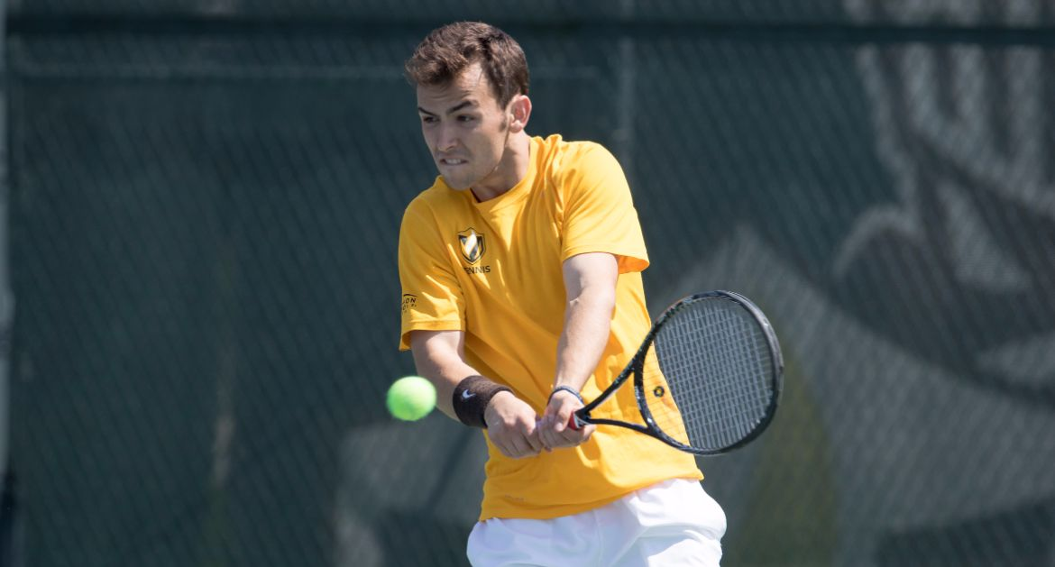 VU-Dunn-Notches-Two-Wins-in-Singles-Qualifying-at-ITA-Midwest-Regional