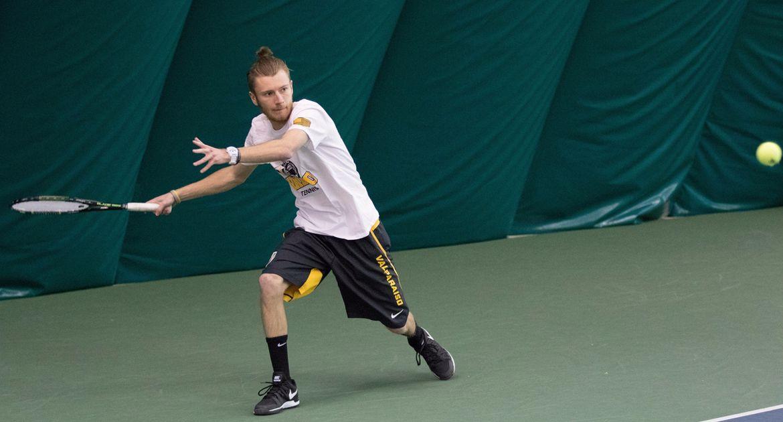 VU-Mens-Tennis-Splits-Sunday-Matches-in-Toledo