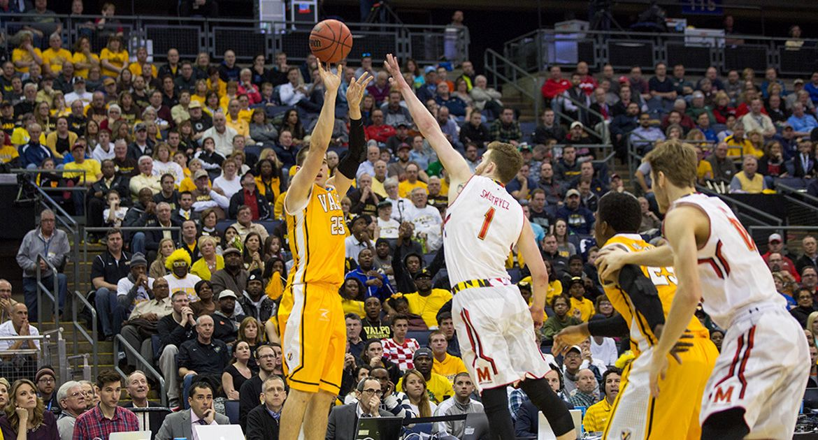 Peters Eclipses 1,000-Point Mark in 65-62 Loss to Maryland