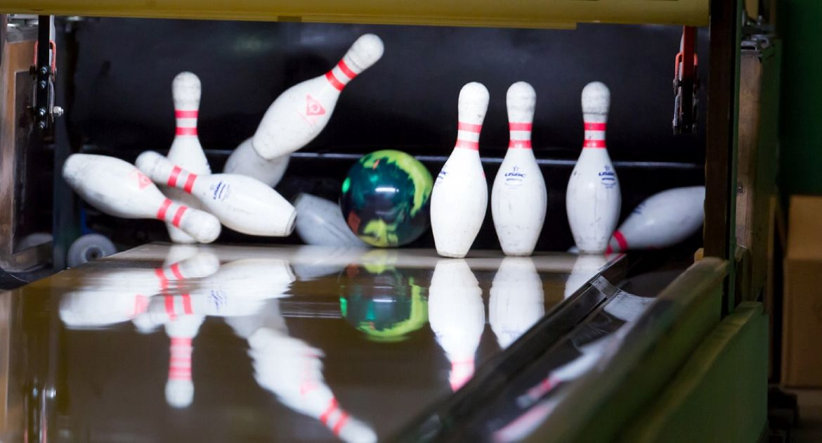 VU-Valpo-Bowling-to-Host-Crusader-Challenge-This-Weekend-10-18-16