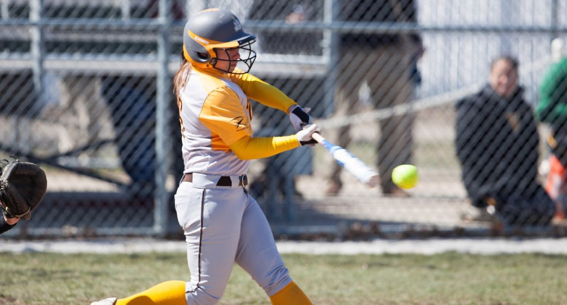 VU-Valpo-Softball-Hits-the-Road-For-Five-Games