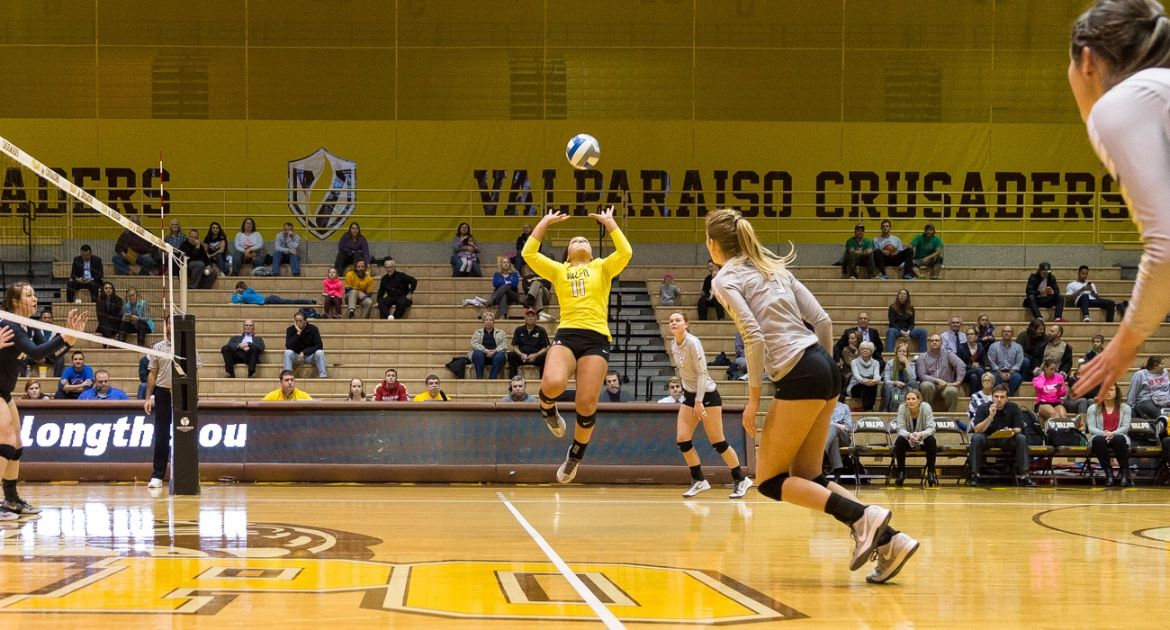 VU-Volleyball-Closes-Home-Slate-With-Win-Over-Oakland