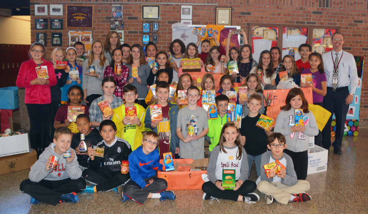 Westchester Intermediate School Participates in 2015 Holiday Food Drive