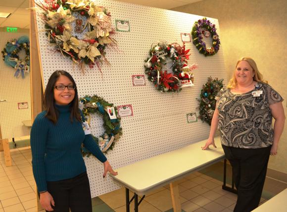 Wreath-Auction-2013-1